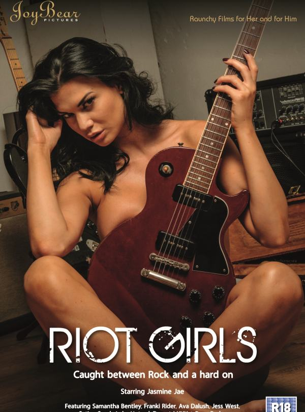 Cover Riot Girls